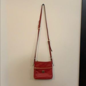 Red leather Dooney and Bourke cross bag
